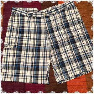 42 Waist Grand Slam Flat Front Plaid Shorts